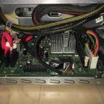 CPU側のケーブル